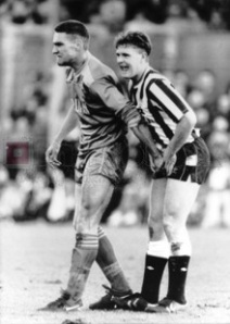 paul_gascoigne_vinnie_jones_nuts